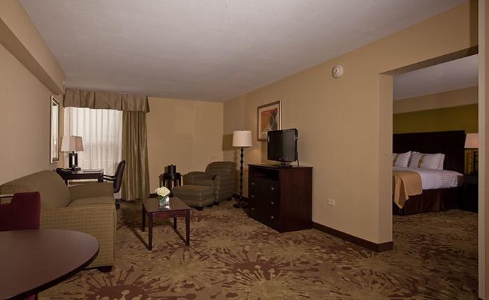 Ssc Construction Holiday Inn Gurnee